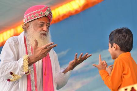 Pujya Sant Shri Asharamji Bapu (6)