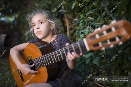 Spanish Guitar Girl
