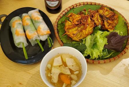 Spring Rolls & Shrimps