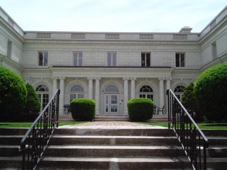Steps to City Hall