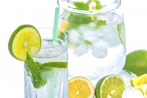 Glass with lime
