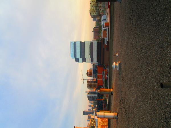 Scanning Toronto skyline, at dawn, 2017 06 12 C -ay